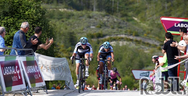 Romano e Covi protagonisti nella terza tappa della Vuelta a Navarra
