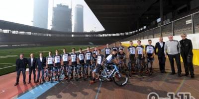 Team Colpack: foto ufficiali al Vigorelli e visita alla Cinelli